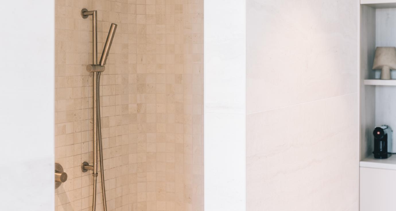 Afbeelding voor JEE-O slimline Handbrause Set mit Wandhalterung